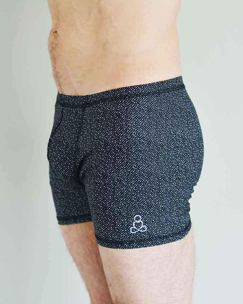 Padmasana-shorts-monotone-dots-by-Sweat-n-Stretch