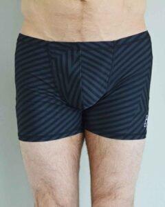 Hot-yoga-shorts-Men-Padmasana-Black-tone-on-tone-print
